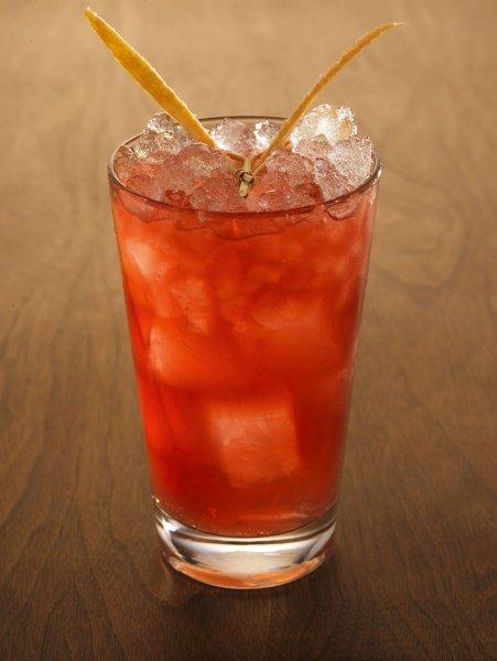 Бармены Великобритании фруктовый лед заменили алкогольным