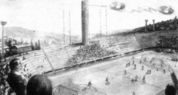 Серебристые НЛО прервали футбольный матч во Флоренции
