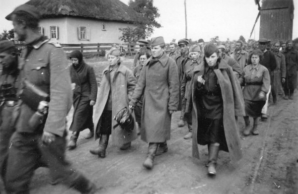 Погибших в плену советских граждан почтят памятником в Германии
