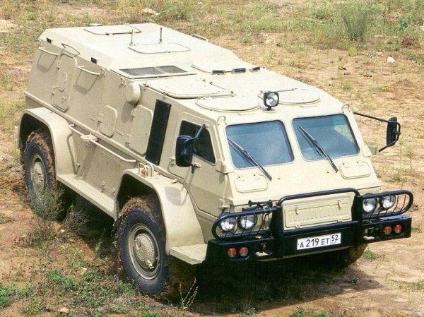 Минобороны РФ начало тестировать бронированную машину скорой помощи