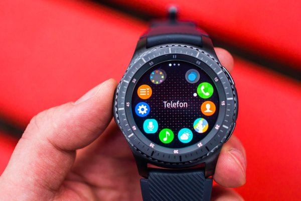 Умные часы Samsung Gear S4 появились в списке ЕЭК