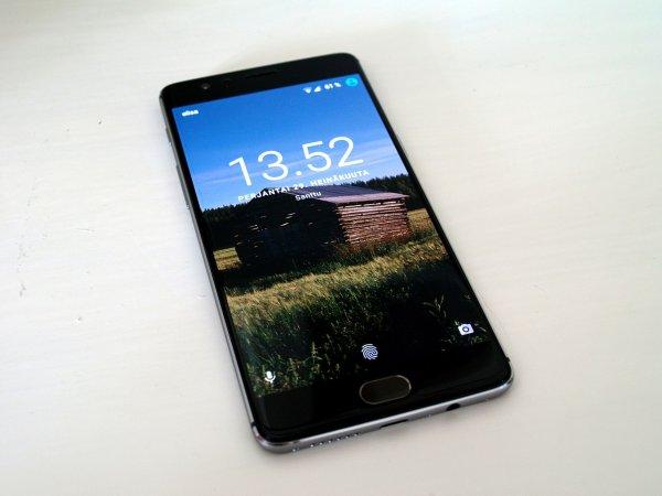 Компания OnePlus представит смартфон с 5G в следующем году