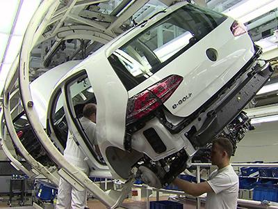Volkswagen полностью останавливает производство новых автомобилей