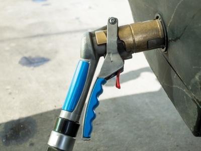 Состоятельные автовладельцы задумались о переходе на газ