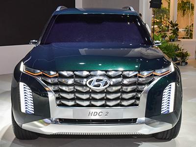 Hyundai представил огромный кроссовер HDC-2