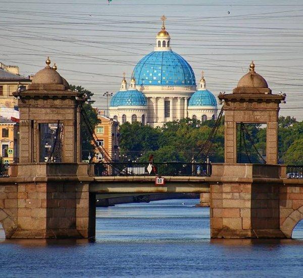 В Петербурге составили список памятников, которые сдадут в аренду за 1 рубль