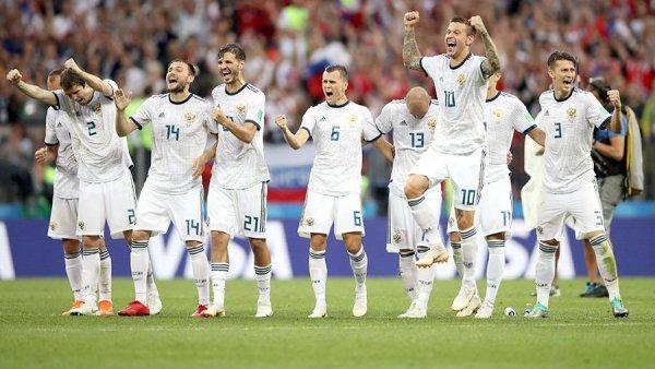 «Сборная колченогих»: Лена Миро грубо высказалась о российских футболистах