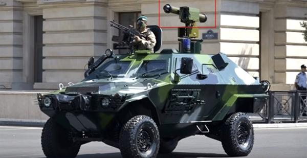 На военном параде в Баку украинские ракеты установили задом наперед