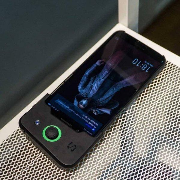 Xiaomi Black Shark возглавил рейтинг производительности AnTuTu