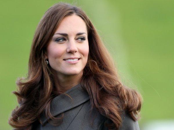 Королева в гневе: Кейт Миддлтон тайно зарегистрировалась в соцсети