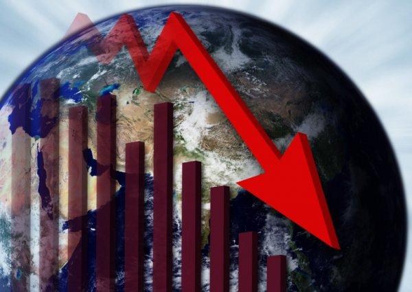 Аналитики назвали самые выгодные валюты для хранения денег в кризис