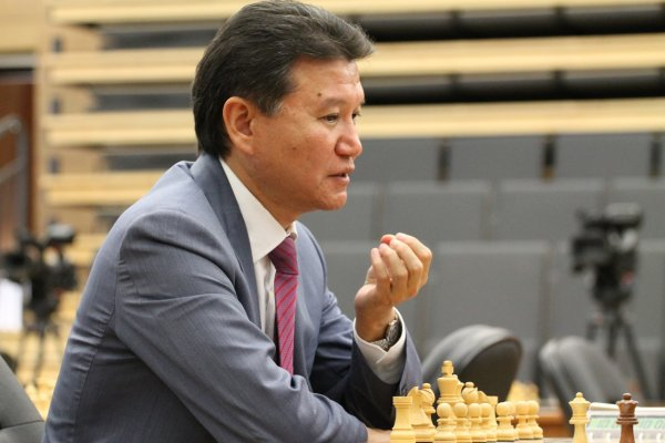 Илюмжинова сместили с поста президента FIDE
