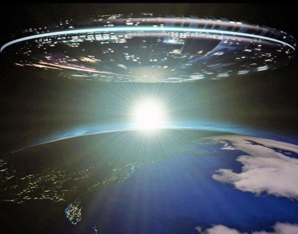 Очевидцам удалось снять взвод НЛО в Массачусетсе