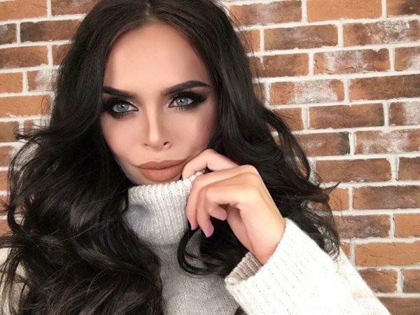Самой нравится и другим советую: Виктория Романец призывает заниматься сексом в общественных местах