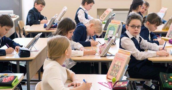 Исаак Калина: все столичные школьники должны иметь возможность получения качественного образования