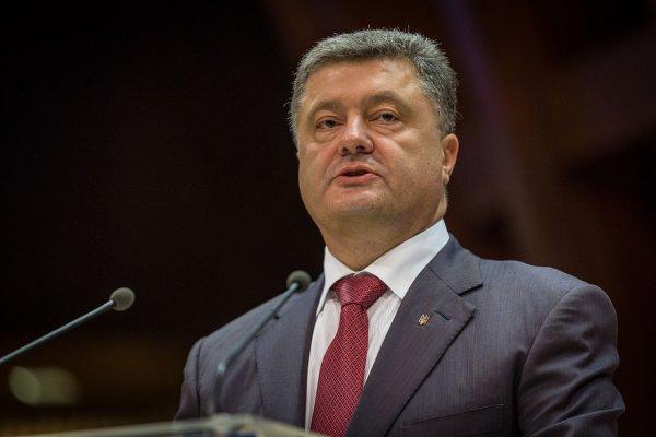 Украинцы высмеяли новое заявление «президента Мира» Порошенко