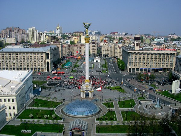 Украина просит разъяснений у США по поводу диалога Путина и Трампа