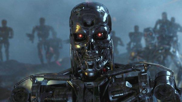 Роботы могут стать жертвами расистов