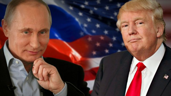 Карикатурист Елкин показал короля ЧМ Путина и Трампа на привязи