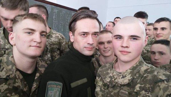 Восторг актёра Пашинина от войны на Донбассе объяснил военный эксперт
