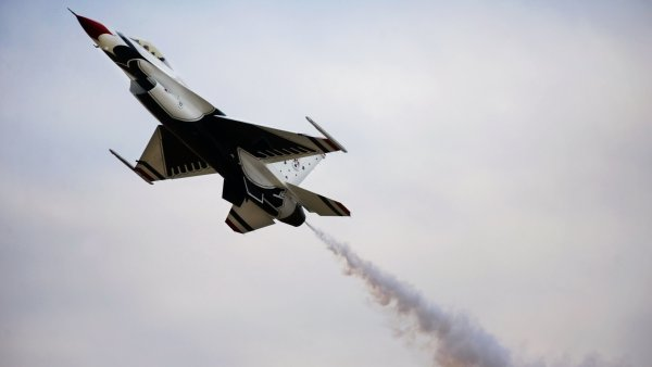 Один пилот сирийского истребителя погиб, судьба второго неизвестна
