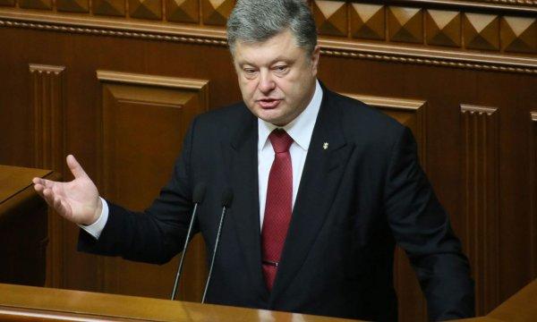 Эксперт: Документ Порошенко о «возвращении Крыма» похож на художественную литературу
