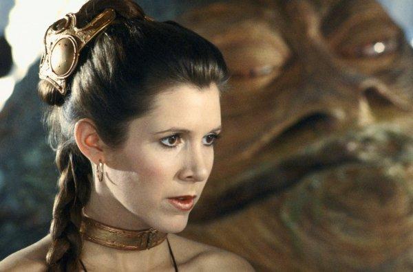 Умершая 2 года назад Кэрри Фишер «снимется» в новых «Звездных войнах»