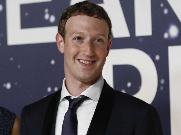 Facebook потратила за год 10 миллионов долларов на передвижения Марка Цукерберга