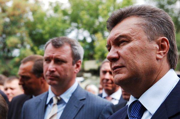 Янукович требует встречи с назначенным Киевом адвокатом в Ростове
