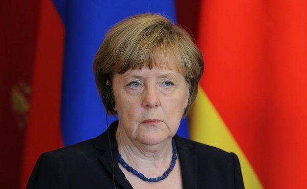 СМИ в Германии внезапно «потеряли» Меркель