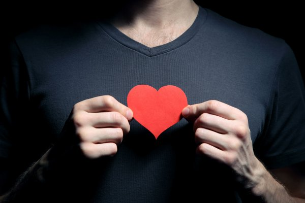 Хакеры могут остановить сердце через кардиостимулятор