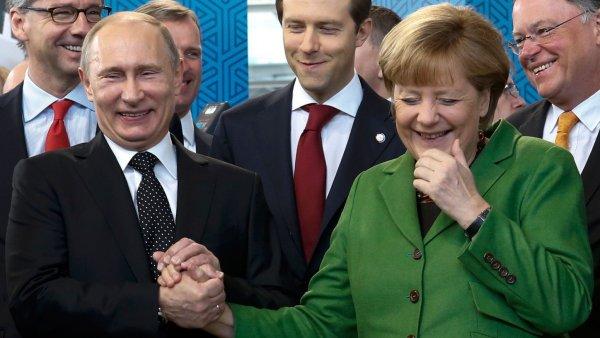 Принцесса в заточении: СМИ узнали, как «томилась» Меркель, ожидая Путина со свадьбы