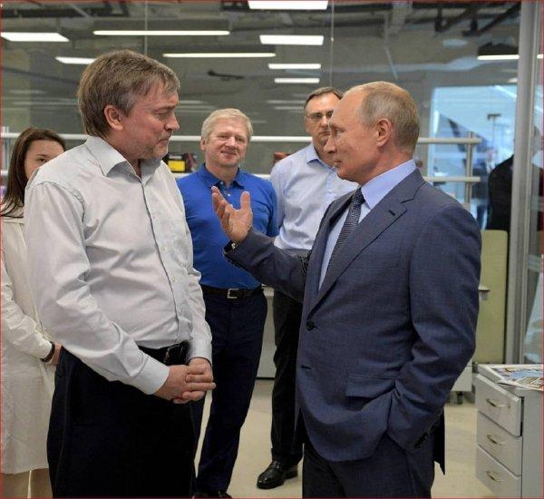 Путин советует использовать идеи детей для решения производственных задач