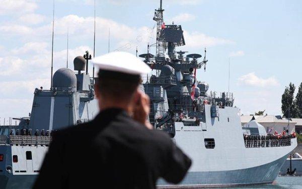 Порошенко объявит вне закона Черноморский флот в Крыму