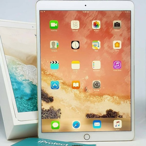 Безрамочный планшет Apple iPad Pro показали на видео в Сети