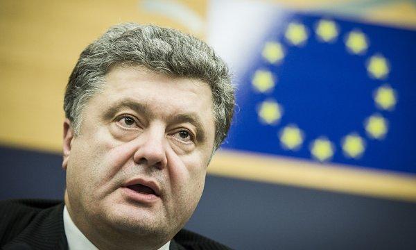 Политолог прокомментировал заявление Порошенко о перехвате российских спутников