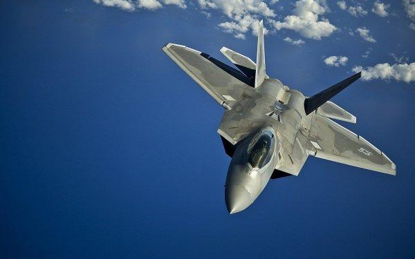 Эксперт из США рассказал, почему F-22 хуже российского Су-35