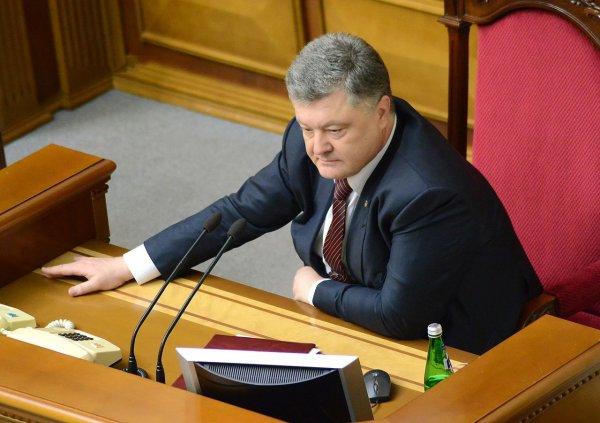 Порошенко назвал ложью информацию Минобороны России о сбившей МН17 ракете