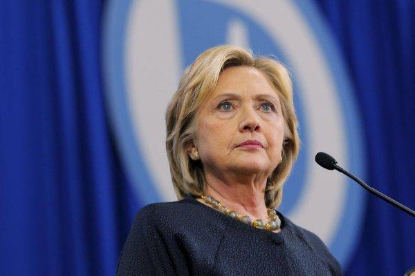 Хиллари Клинтон призывает ФБР взяться за расследование дела Бретта Кавано