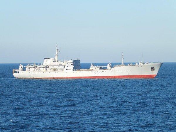 Опубликовано видео прохода кораблей украинских ВМС под Крымским мостом