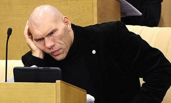 Валуев использовал цитату Василия Шукшина при ответе на вопрос о бедности