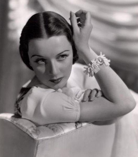 Звезда мюзикла «Целуй меня, Кэт» Патриша Мориссон умерла в возрасте 103 лет