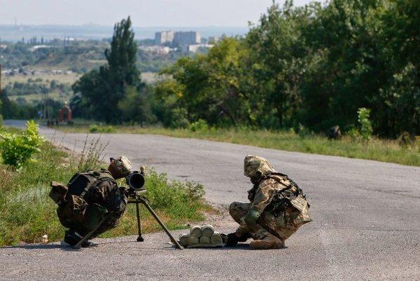 Порошенко одобрил применение ВСУ всех видов оружия в Донбассе