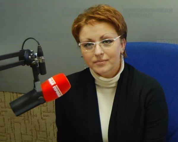 Чиновница из Саратова отказалась жить на прожиточный минимум и потеряла работу