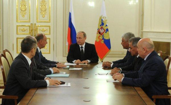 Путин обсудил с Совбезом положение православной церкви на Украине