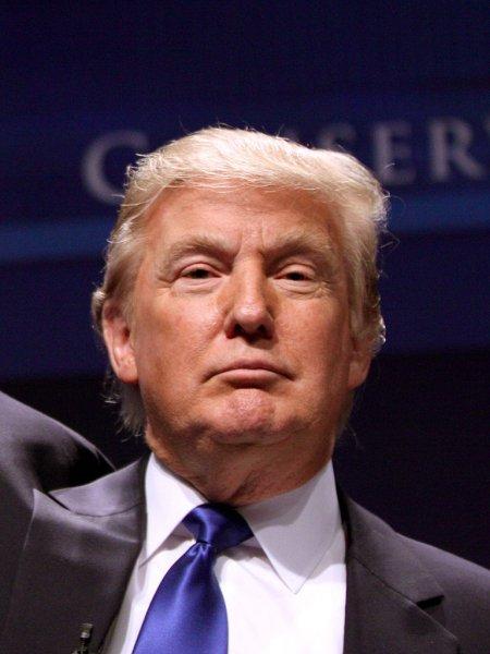 Трамп готов продемонстрировать «любовные послания» от Ким Чен Ына