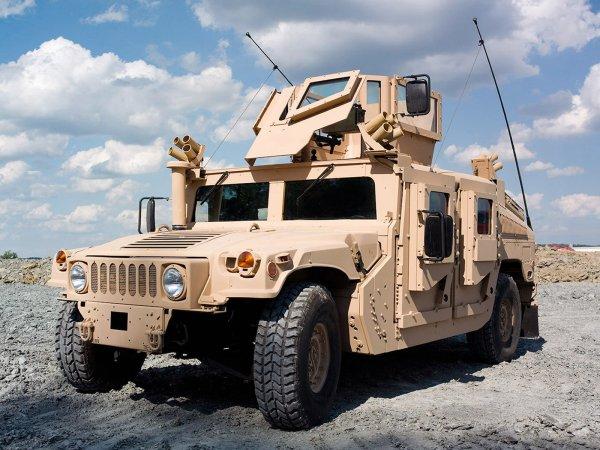 Военные США «промазали и опозорились» на учениях со сбрасыванием броневика