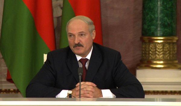 Лукашенко уволил членов правительства Белоруссии