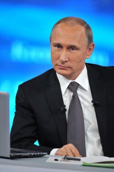 «Максимально справедливо»: Члены правительства расхватали на цитаты доклад Путина о пенсионной реформе
