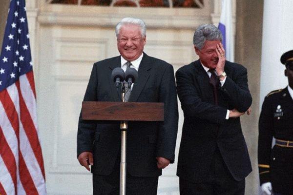 Ельцин пугал Клинтона коммунистами, мечтающими вернуть Крым и Аляску